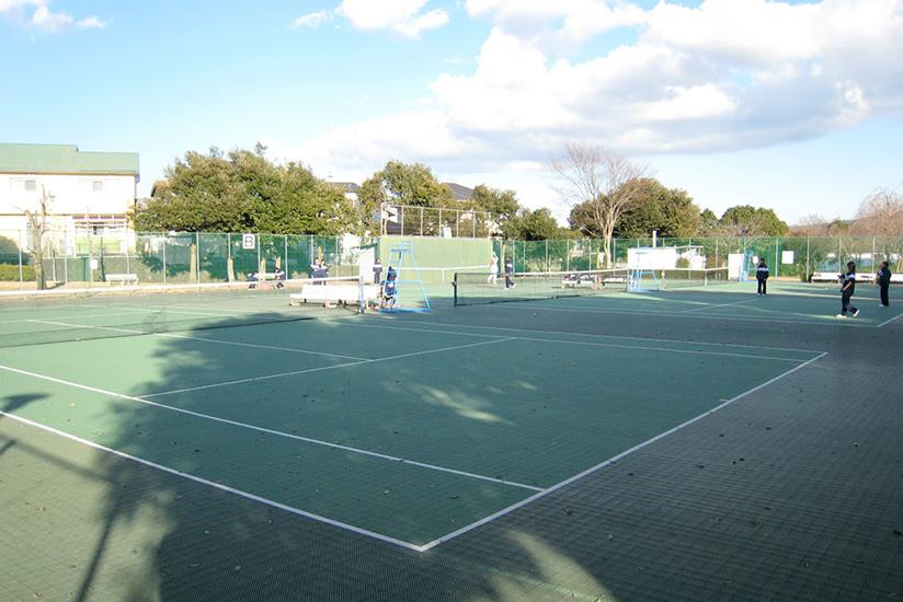 湯沢平公園テニスコート